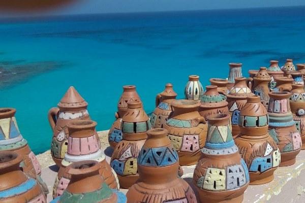 شاطئ عجيبة في مرسى مطروح