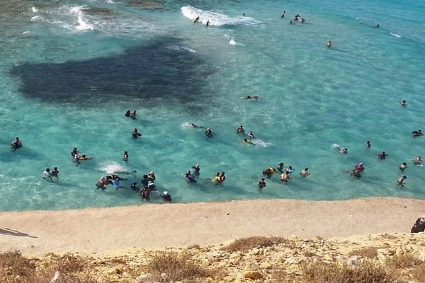 شاطئ عجيبة بمرسى مطروح