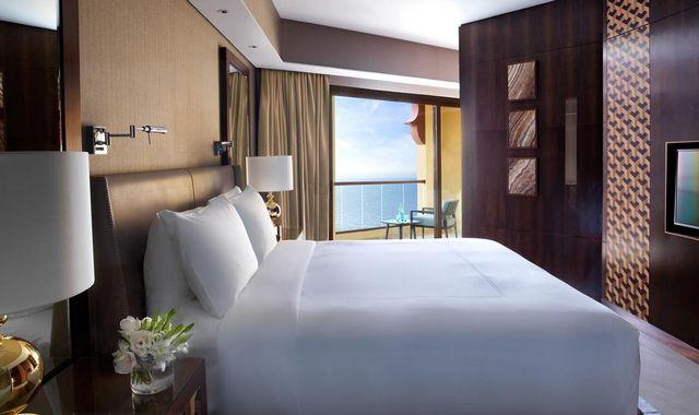 فنادق في عجمان مع مسبح خاص