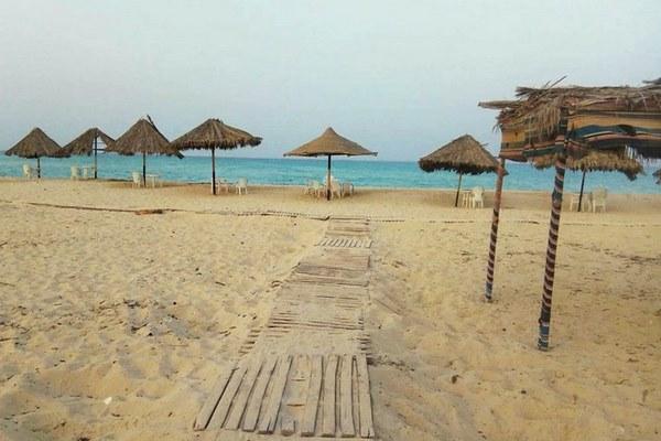شاطئ الفيروز بمرسى مطروح