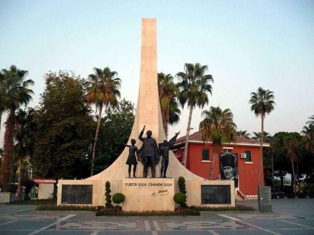 """نتيجة بحث الصور عن نصب أتاتورك التذكاري ألانيا تركيا"""""""