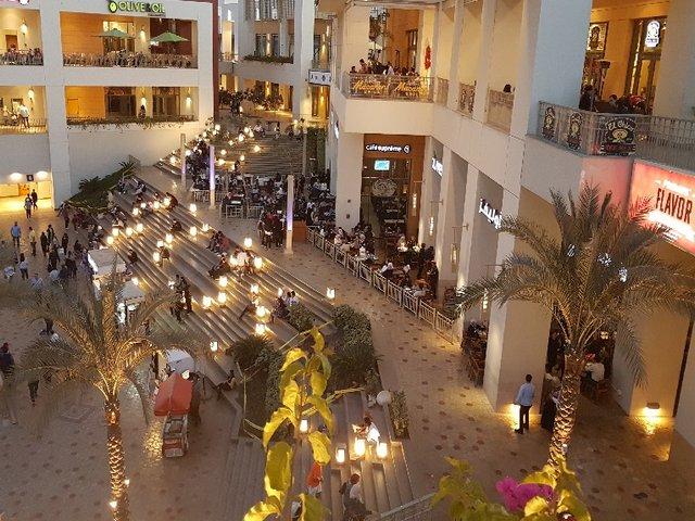 فيستيفال مول القاهرة في مصر