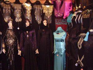 سوق العبايات في عجمان من اسواق عجمان الرخيصة المتخصصة في بيع العبايات