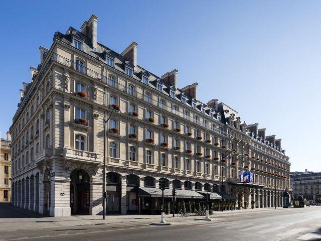 تحتل فروع فندق هيلتون في باريس مواقع حيوية في المدينة