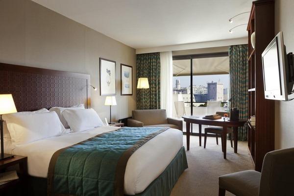 سوفتيل من افضل الفنادق في مرسيليا فرنسا