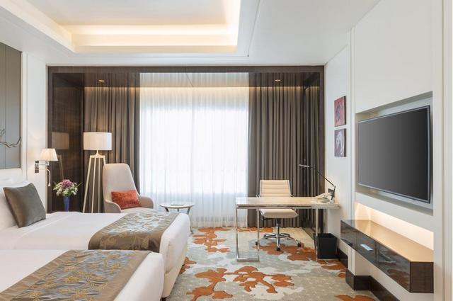 من افضل فنادق عجمان 5 نجوم هو فندق راديسون بلو عجمان