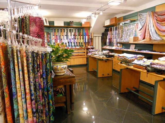التسوق في كومو ايطاليا