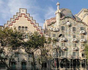 اشهر شارع في برشلونة