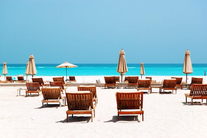 اشهر شواطئ ابوظبي