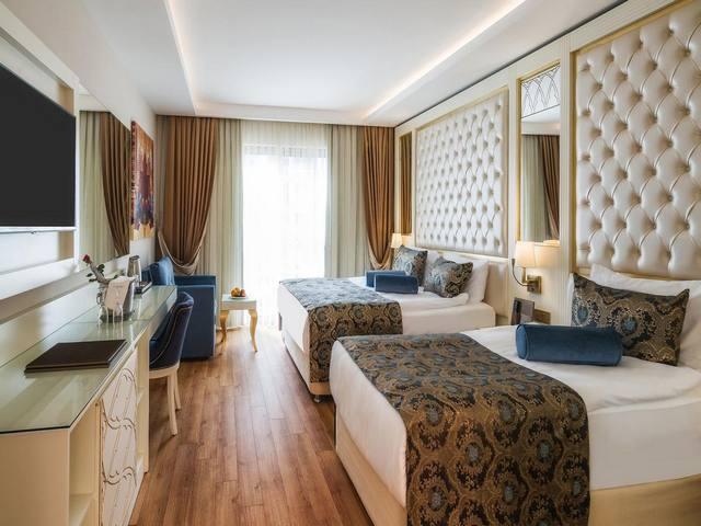فندق حيدر باشا الانيا بتركيا