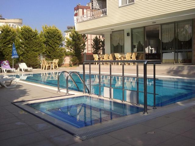 فندق ليمون واحد من ارخص فنادق في انطاليا
