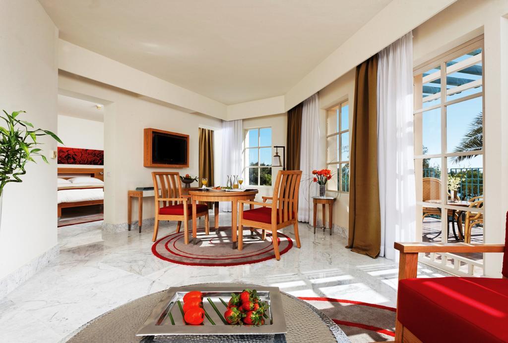 فندق موفنبيك الجونة