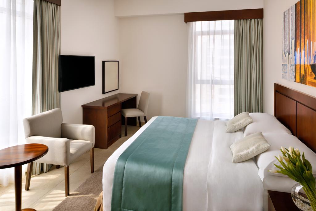 فنادق موفنبيك دبي