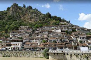 الاماكن السياحية في البانيا