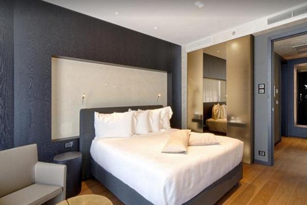 فنادق البانيا