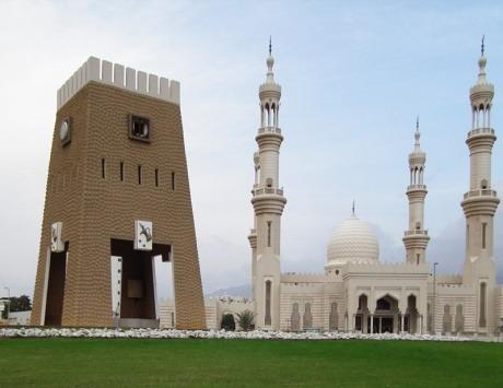 مسجد الشيخ زايد الفجيرة