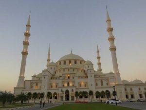 مسجد الشيخ زايد بالفجيرة الامارات