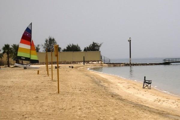 افضل 5 انشطة في شاطئ هاف مون الدمام رحلاتك
