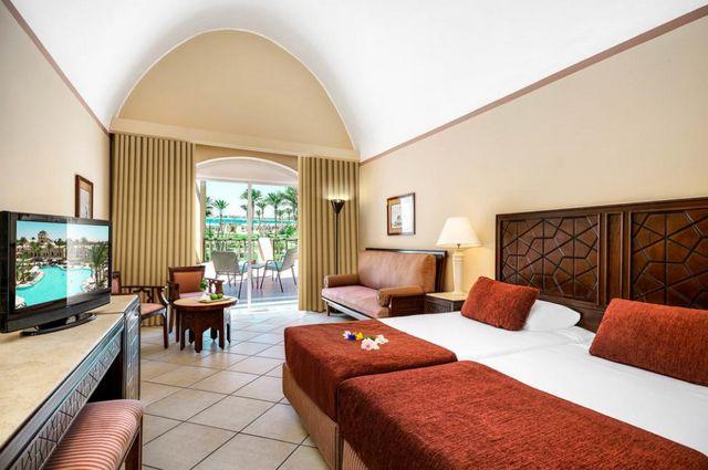 غرف في فندق إيبروتيل مكادي بيتش