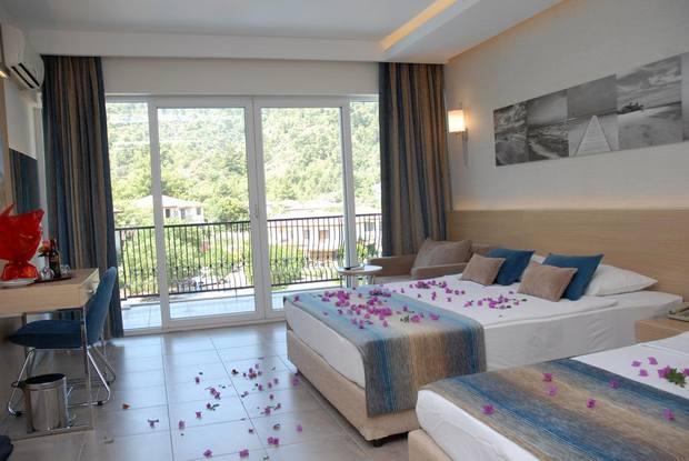 فندق كرفان سراي في مرمريس