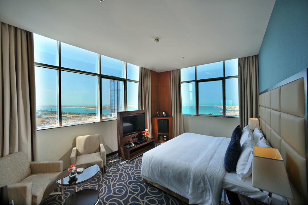 فندق رمادا كورنيش في ابوظبي