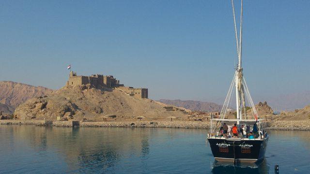 انشطة عند زيارة قلعة صلاح الدين بطابا