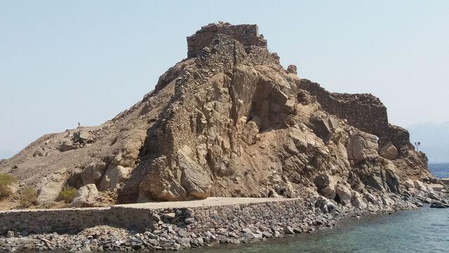 ساعات العمل في قلعة صلاح الدين طابا