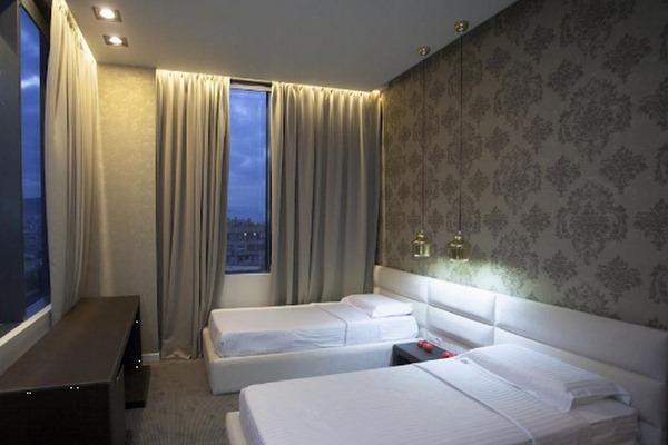 فنادق في تيرانا البانيا