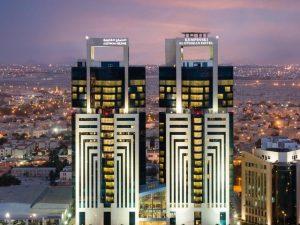 فنادق الخبر خمس نجوم توفر غرف عائلية بديكورات عصرية