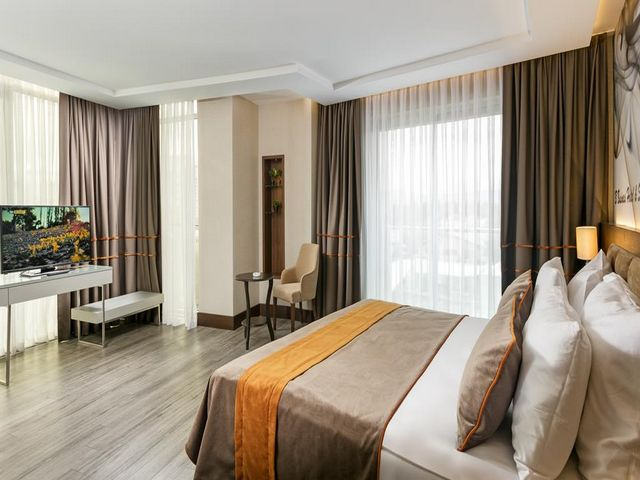 فنادق انطاليا اربع نجوم تجمع بين الخدمات الراقية والأسعار المعقولة