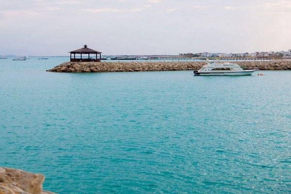 شواطئ مصر العين السخنة