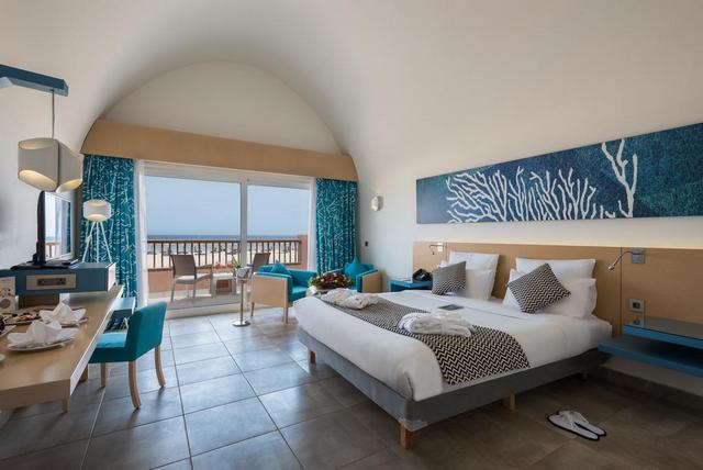فندق نوفوتيل مرسى علم احد افضل فنادق مرسى علم على البحر