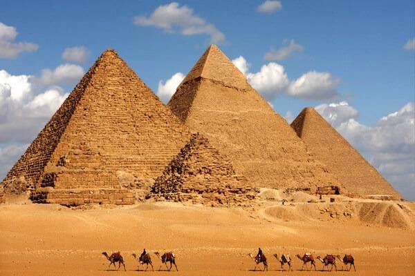 كم المسافات بين المدن المصرية