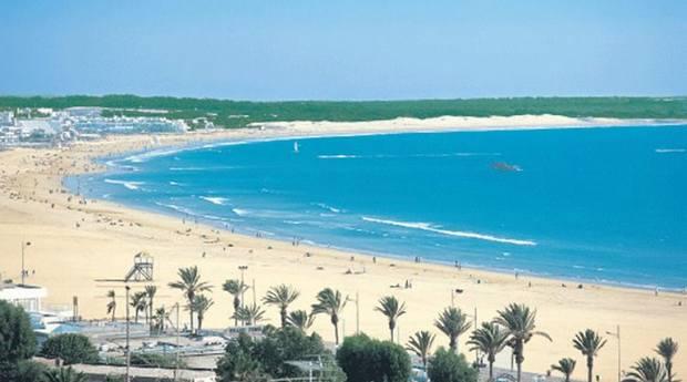 شاطئ اشقار طنجة المغرب