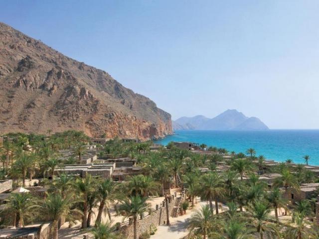 شواطئ الفجيرة من اهم الاماكن السياحية في الفجيرة