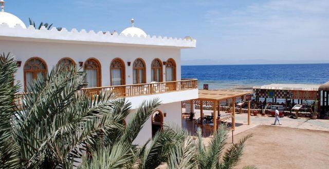 فندق شمس في دهب