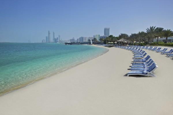 شواطئ ابوظبي من اهم اماكن سياحية في ابوظبي