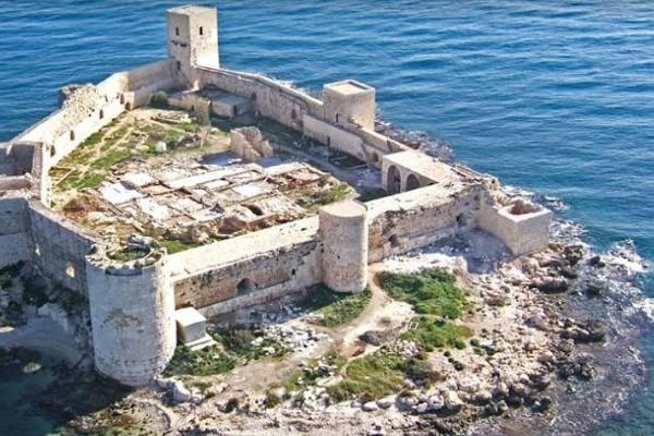 قلعة الفتاة - مرسين