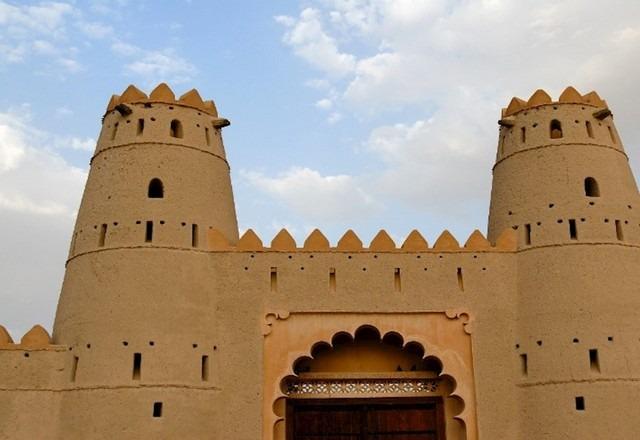 قلعة الحاهلي العين