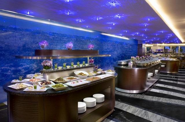 فندق اتانا في دبي