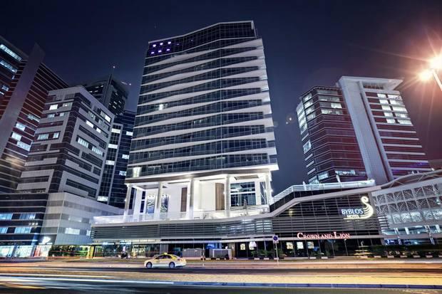 فندق بيبلوس دبي الامارات