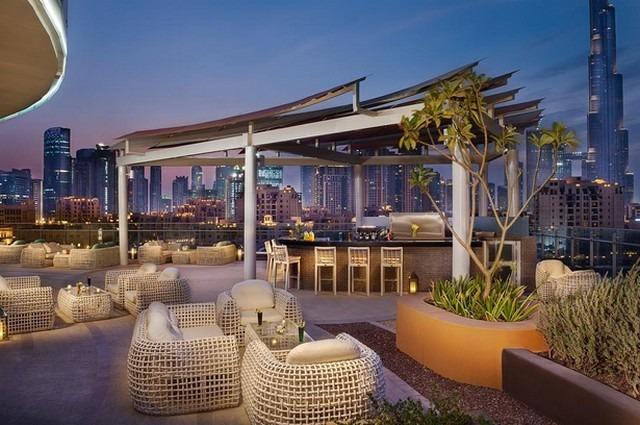 تنفرد عدة شقق فندقية بوليفارد دبي بإطلالتها على برج خليفة