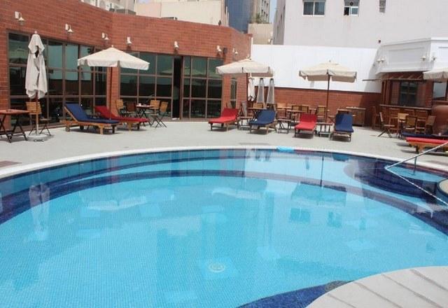 فندق فور بوينتس شيراتون بر في دبي