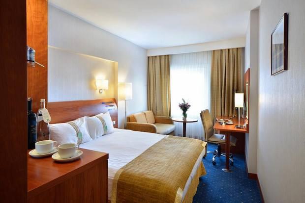 فندق هوليدي ان اسطنبول سيتي