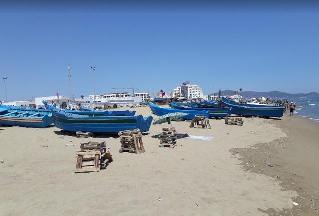 شاطئ تطوان المغرب