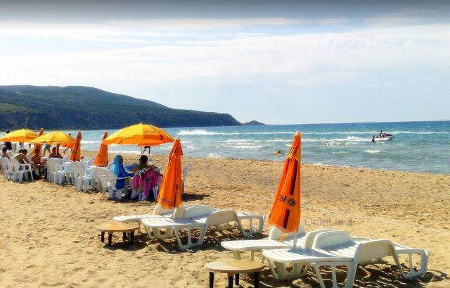 شاطئ الاندلس وهران في الجزائر