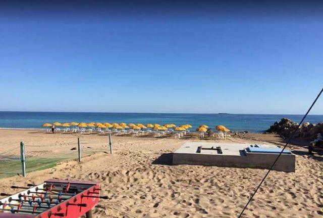 شاطئ الاندلس بوهران