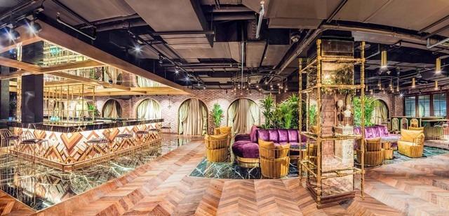 بار فندق حياة ريجنسي كريك دبي