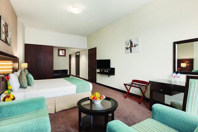 فندق رمادا دبي ديره