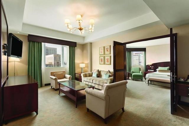 فندق رمادا في دبي